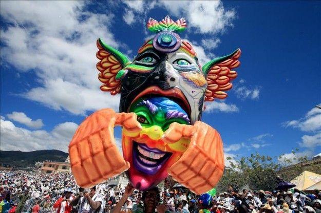 La ciudad colombiana de Pasto celebra su Carnaval de Negros y Blancos | USA Hispanic Press
