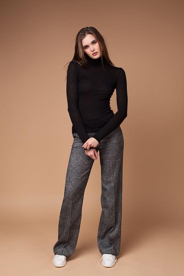 Широкие брюки из плотной итальянской шерсти