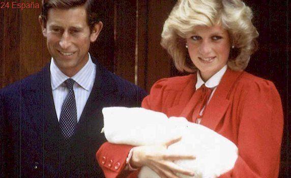 La princesa Diana se arrojó escaleras abajo cuando estaba embarazada de Guillermo