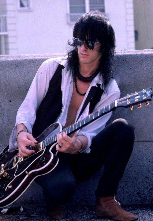Izzy Stradlin, 1987