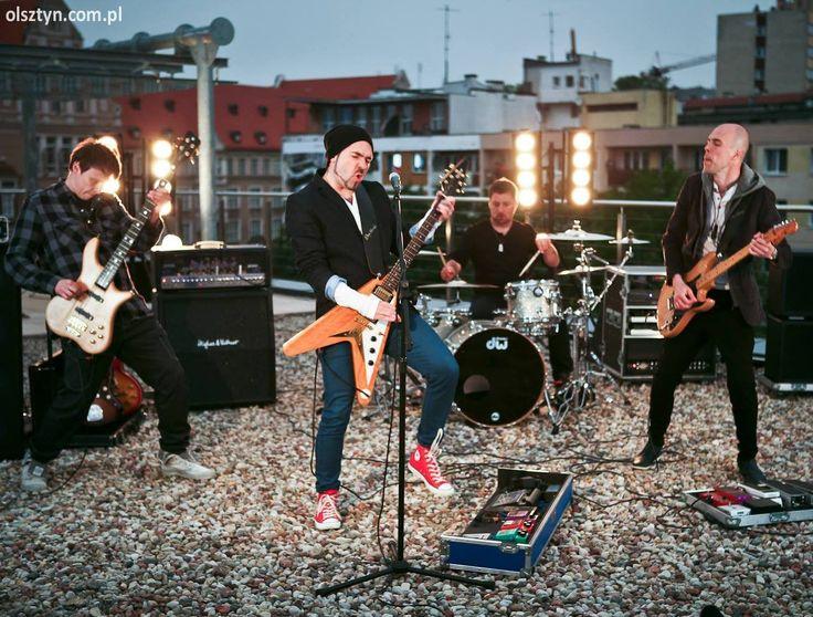 Zagrają na dachu olsztyńskiego ''Dukatu''! - OlsztynFête de la Musique, #koncert #Roswell #Olsztyn