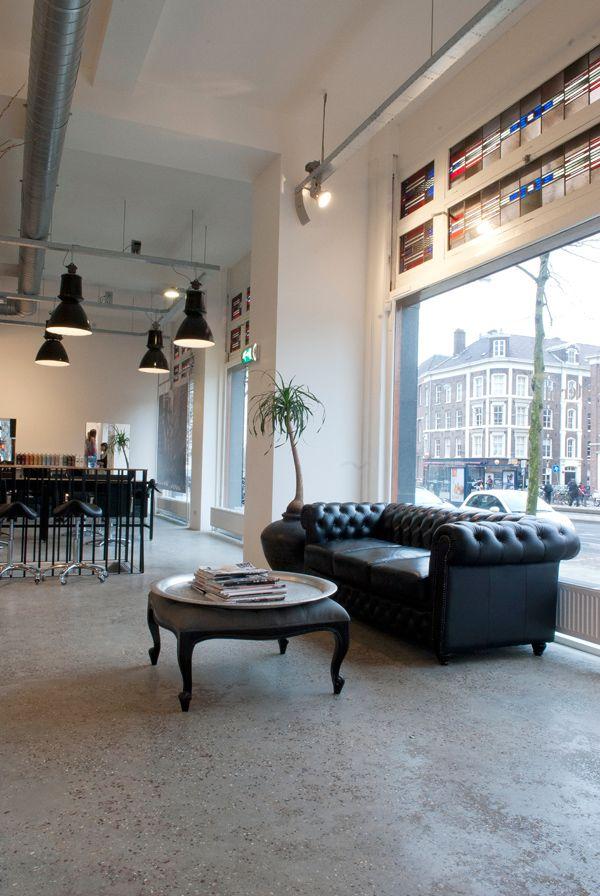 http://binnenbeton.nl/images/gallery/haartheater-kapsalon-amsterdam-big-4%5B1%5D.jpg