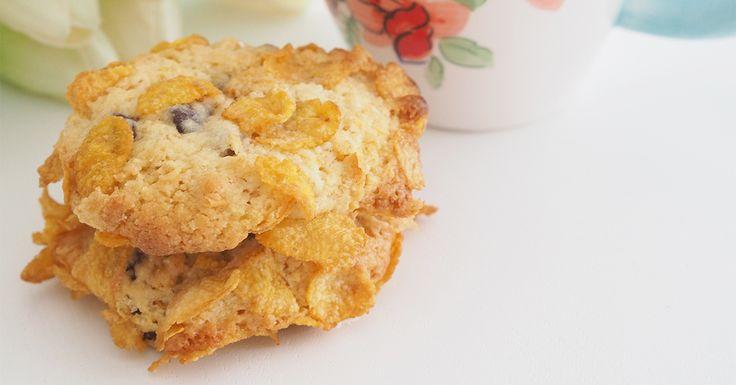 Crunchy Chocolate Chip Cornflake Cookies