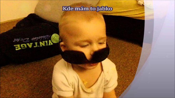 Baby gang -vtipné videa -funny videos-Dan whistling and glasses