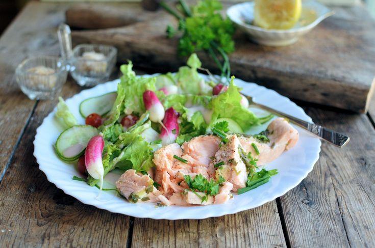 260 calories! A Simple & Elegant Low-Calorie Lunch: Lemon & Herb Poached Salmon Recipe (5:2 Diet)