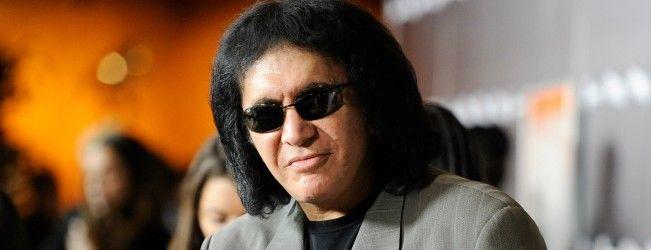 Gene Simmons, le leader du groupe Kiss, sera en guest dans la saison 2 de Scorpion #SDCC2015