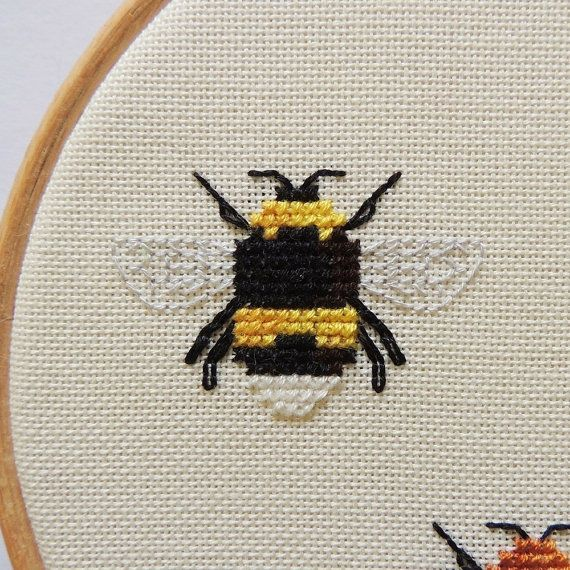 Queen Bumblebees. Small cross stitch by HawthornTreeDesigns
