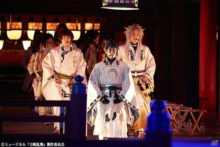 「ミュージカル『刀剣乱舞』in 嚴島神社」公演レポートが到着!写真集も発売決定