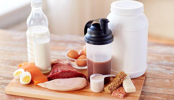 Für einen schnellen und effektiven Muskelaufbau gehören Zutaten wie Fleisch, Fisch, Ei oder Tofu auf Ihren Speiseplan