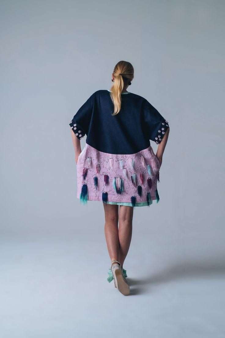 Look 4 back - Anthea Jacklin