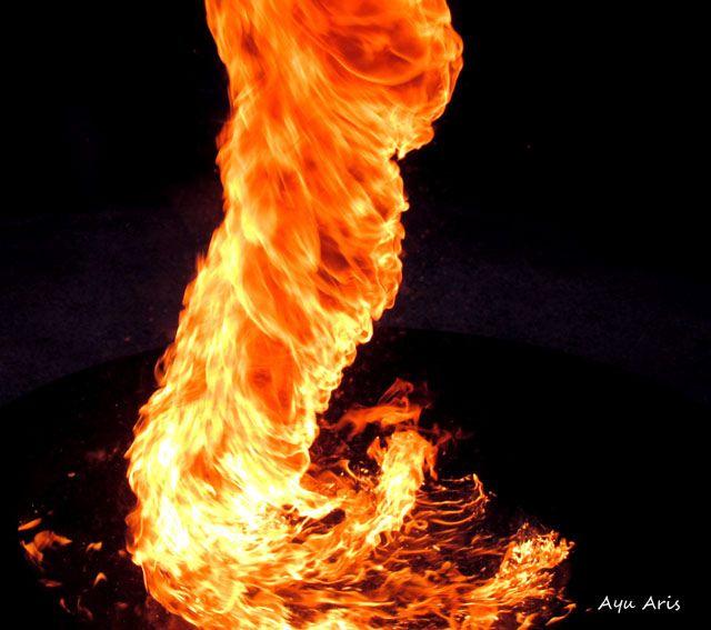 - Fire tornado -