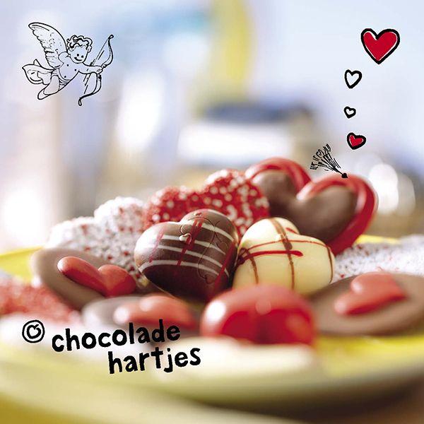 Onze heerlijke #chocolade bevat een stofje die je hersenen aanmaken als je verliefd bent. Goed idee dus om jouw #valentijn te verwennen met #chocolade!