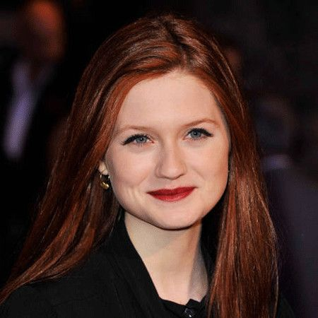 Bonnie Wright wiki, affair, married, Lesbian with age, height,