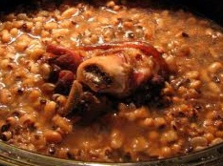 This was a common dish served when we were growing up, especially on new year's. Mom would always make these black eyed peas, soft-fried potatoes, cornbread and sliced fresh vegetables. One of my favorite meals to this day. These internet pictures are examples of this recipe.