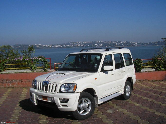 Book #Taxi, #Car, #Bus in Belgaum Karnataka, India(Directly with the Transporter). Read more http://www.triptheearth.com/TransportSearch/India/belgaum/Tanishq-Assocites