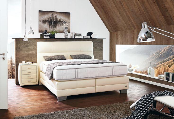 Guter Schlaf und süße Träume - im #Boxspringbett #Multisleep mit #Bezug aus #Natur #Leder