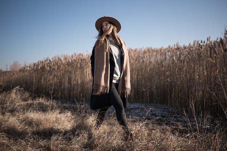 Coat: Zara | Hat: Lack of Color | Sweater: GAP | Scarf: Acne | Jeans: Mango | Boots: Deichmann.