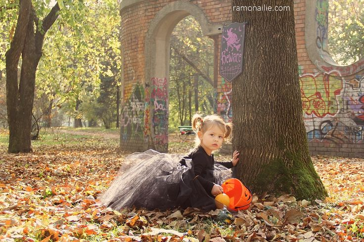 Halloween Photo Session -  Bia