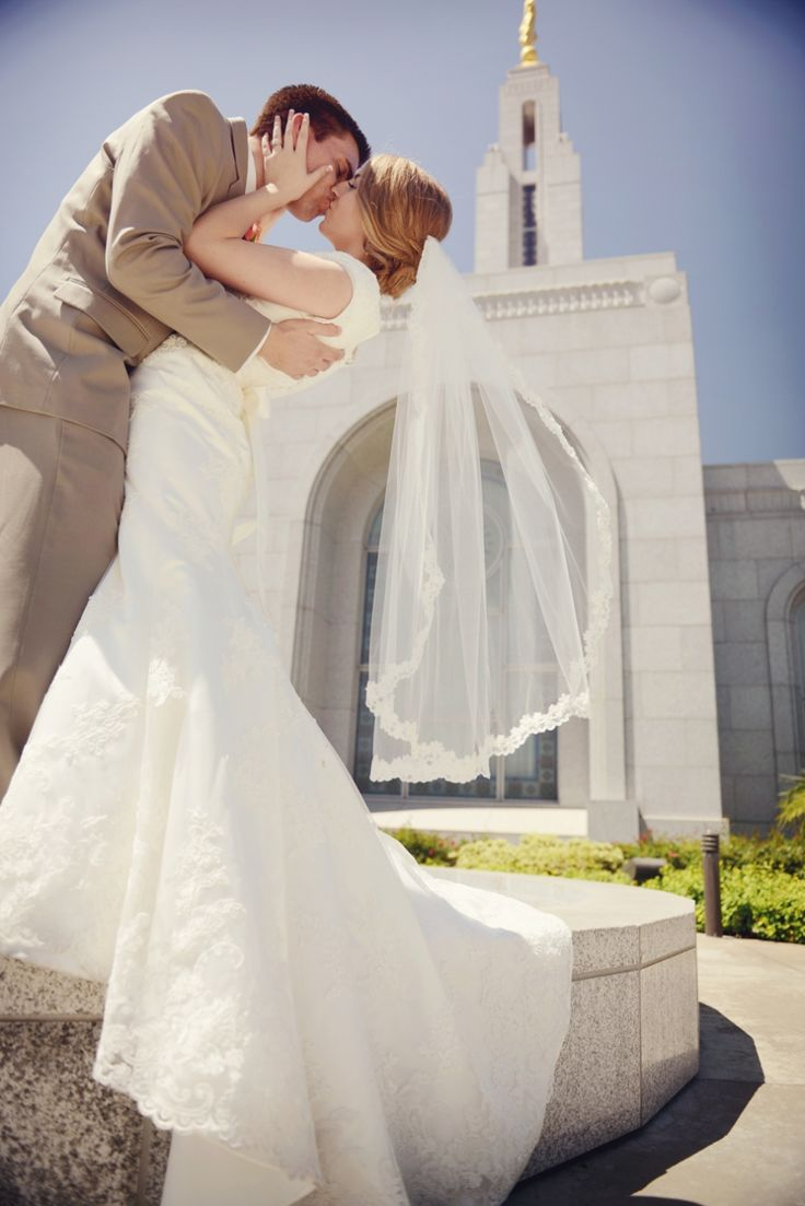 Lds Wedding Dresses San Diego : Modest wedding dress in beautiful lace and the redlands lds temple