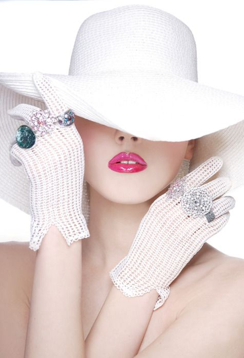 elegant white gloves and hat