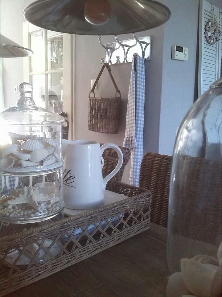17 best images about riviera maison i love it on pinterest nu 39 est jr trays and lamps. Black Bedroom Furniture Sets. Home Design Ideas