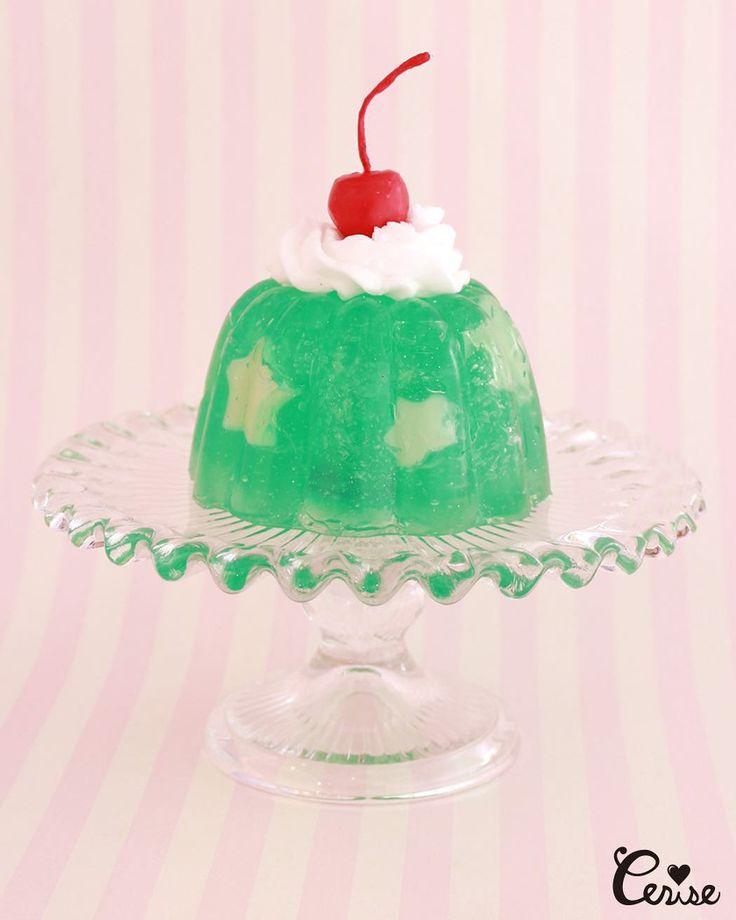 リクエストたくさんいただいておりましたのでリップルガラスプレートスタンドのお取り扱い開始しました キャンドルと組み合わせてディスプレイするとよりホンモノ感が増します . #cerisestore #cakestand #candles . http://ift.tt/2lILcpA