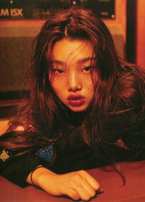 koreanmodel: Bae Yoon Young by Mok Jung Wook for Elle Korea...