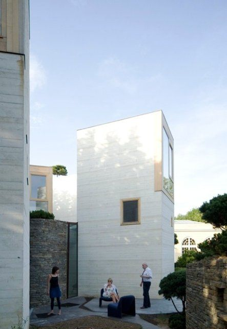 Dom z peryskopami, Paryż, Francja, proj. Pottgiesser ArchitecturesPossibles