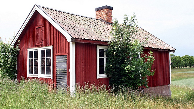 Falun Red. The traditional, deep red pigment of Swedish barns and cottages is called Falun Red(orFalu Röd.) The paint originates from the Falun copper mines of Dalarma, Sweden and is composed of copper, zinc, and iron oxides mixed with rye flour, linseed oil, and water. In use for nearly 500 years (and originally a symbol of wealth meant to emulate b