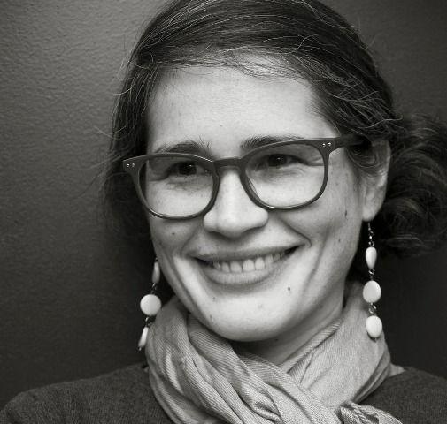 Ana Ojeda es la editora de El 8vo loco, integra el grupo que dirigela Exposición de la actual narrativa rioplatense (serie de libros que publican El 8vo loco, Alto Pogo, y Milena Caserola), los se...
