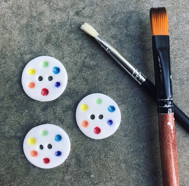 Inspired by rainbows and artist's pallettes - bright colours encircle this handmade porcelain button. Worldwide Shipping. Online at https://www.etsy.com/au/listing/496412708/beautiful-rainbow-palette-porcelain?ref=shop_home_active_3