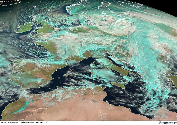 Le dernier quiz image du blog Un autre regard sur la Terre ne vous inspire pas ? Il s'agit de trouver quels lieux seront choisis pour les premières images prises par le satellite Pléiades 1B.  Voici un indice avec la situation météo pour la matinée du 5 décembre 2012 vue par le satellite européen Météosat à 10h00 UTC, à peu près à l'heure où Pléiades 1B pourrait acquérir ses premières images. La couverture nuageuse en France est assez défavorable... Bretagne, Nantes, Marseille ? Toulouse ?