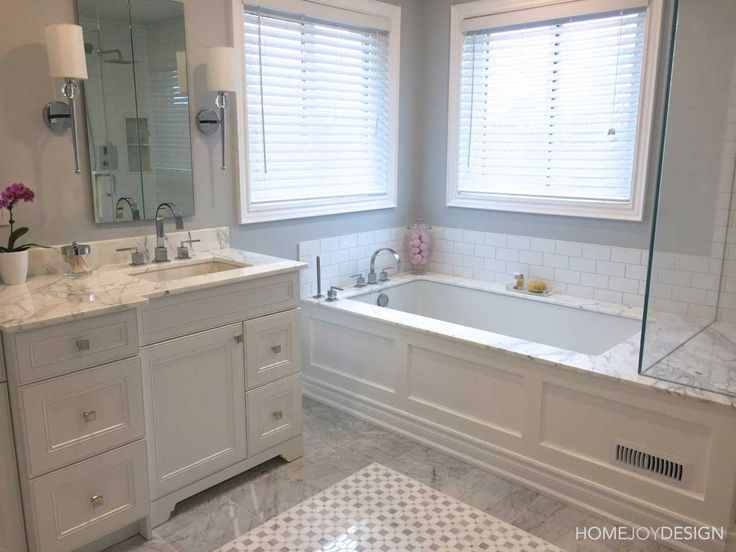 HOME JOY DESIGN | Master bathroom ensuite with marble and mouldings