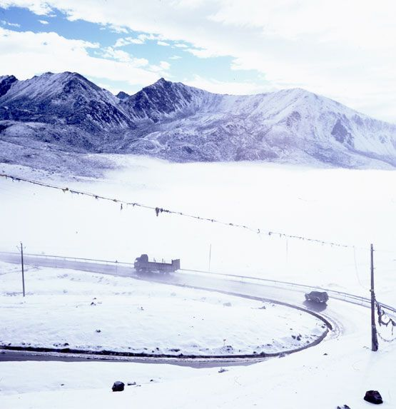 The traffic jam on top of the world: the Chinese boom busts into Tibet
