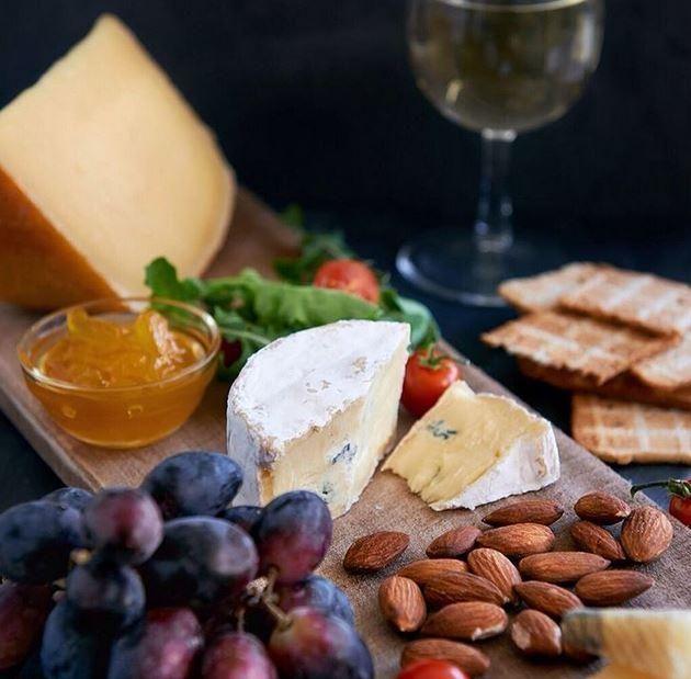 10 règles pour créer le plateau de fromage parfait