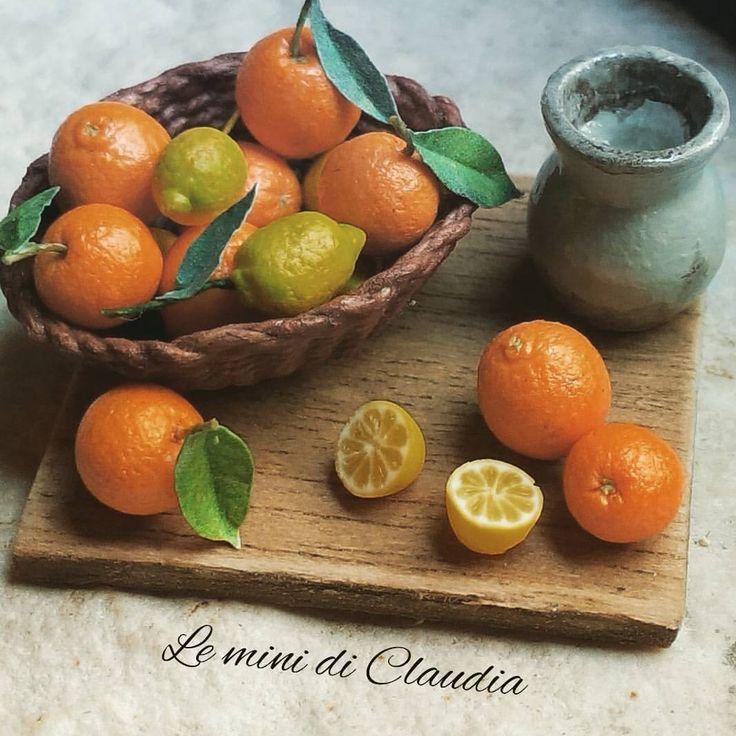 Lemons and oranges #dollhouseminiatures #miniaturefood #leminidiclaudia