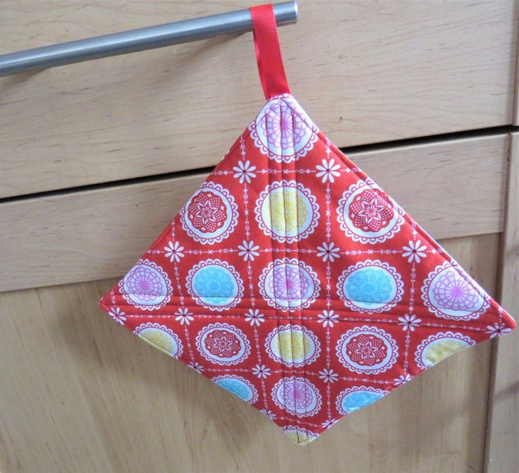 Red Insulated Pot Holder Quilted Pot Holder Insulated Pan Etsy Tea Bag Holder Pot Holders Red Fabric