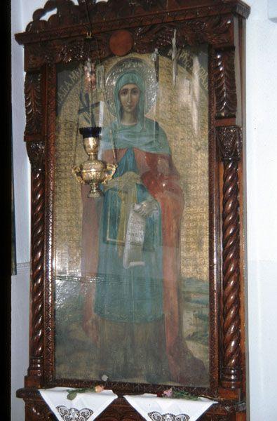 Ιερά εικόνα Αγίας Κυριακής, αγιογραφία σε ξύλο με ένθετα ανάγλυφα ασημένια μέρη και πολύ καλά συντηρημένα χρώματα.-Από το Εξάστερο Σηλύβριας