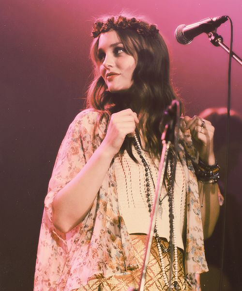Hipster Leighton: Fashion, Style, Queen, Gossip Girl, Posts, Boho, Leighton Meester, People, Hair