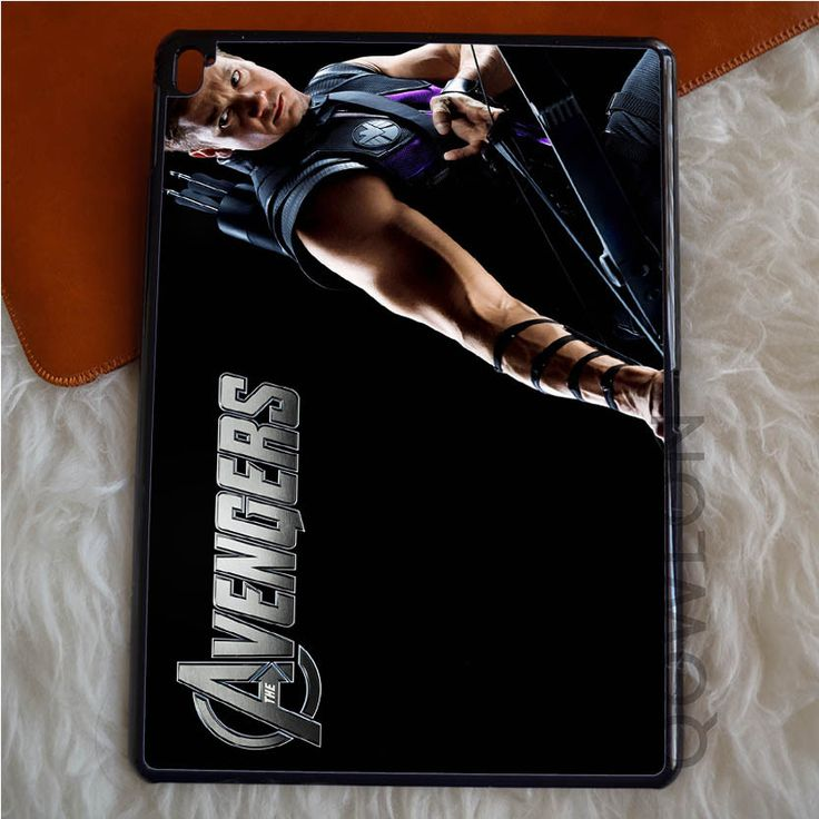 ALL CHARACTERS AVENGERS PICTURE iPad Pro Case