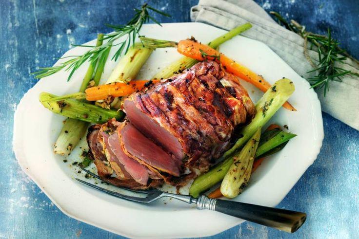 Rosbief met groenten uit de oven - Recept - Allerhande