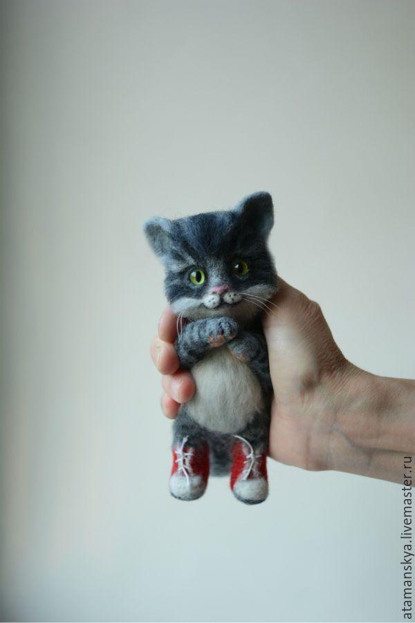 Купить Котёнок в кедах) - серый, кот, котик, серый кот, серый котенок, котенок валяный