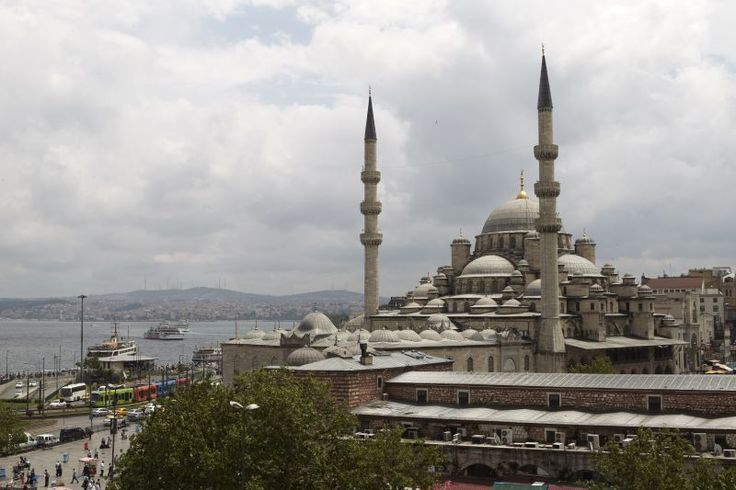 Turkey Tourism - Istanbul city view  Read more: http://www.traveltherenext.com/things-to-do/item/674-things-to-do-in-istanbul-and-the-turkische-riviera  #turkey #istanbul #experience #exotic #discover #turkischeriviera #travel #traveltherenext