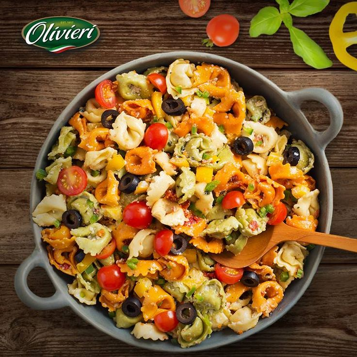 What better dish to celebrate #Earth and all its colours than a vibrant Rainbow Tortellini Insalata? We thought so ;) #noartificialcolours