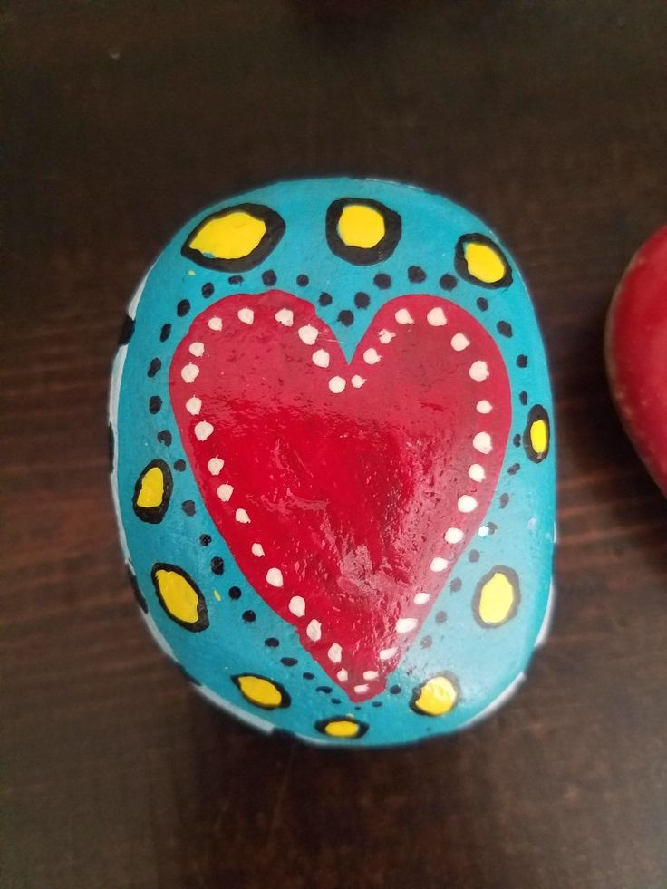 Hearts by Ashley Jungferman..rock painting