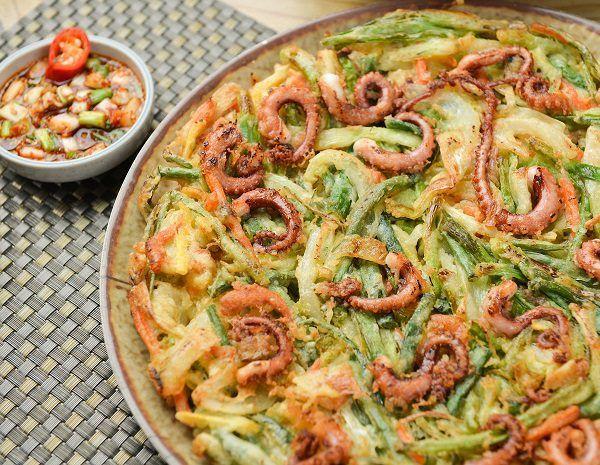 El Haemul Pajeon es una receta que se basa básicamente, en hacer un delicioso crepe de marisco, ¡Descúbrelo!