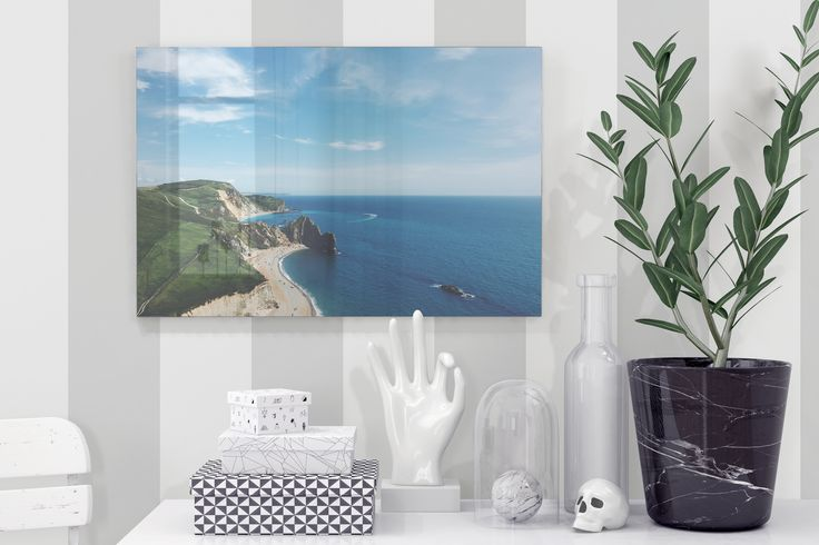 Display photos on glass | Beyondprint