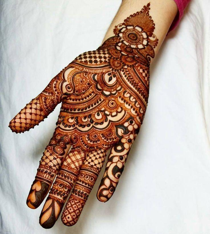 "3,190 Likes, 8 Comments - MizNehaa Henna Artist Ⓜ (@hennabymiznehaa) on Instagram: ""Follow @hennabymiznehaa for more  Gorgeousness  @mehndibyhayat ------------------------------…"""