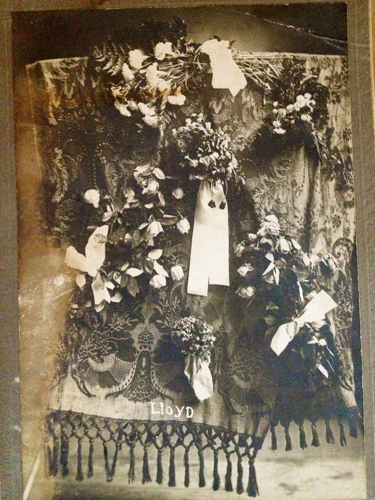 17 Best images about Vintage Funeral & Sympathy flowers on ...