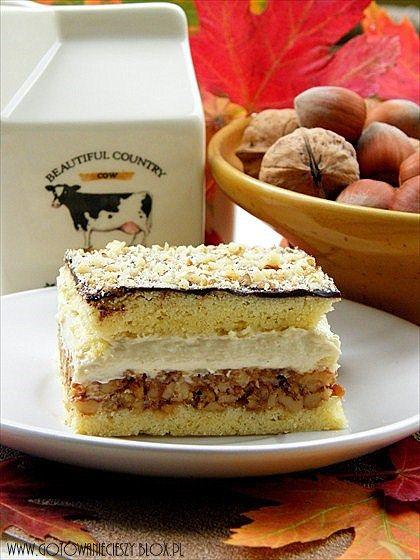 ciasto chałwowo-orzechowe